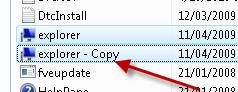 error no taskbar or desktop icons